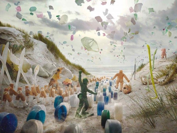 Surfrider foundation / plastic invasion